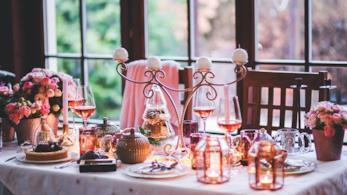 Una guida utile su come addobbare casa per Natale con tante idee e ispirazioni
