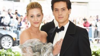 cole Sprouse e Lili Reinhart sul red carpet del Met Gala