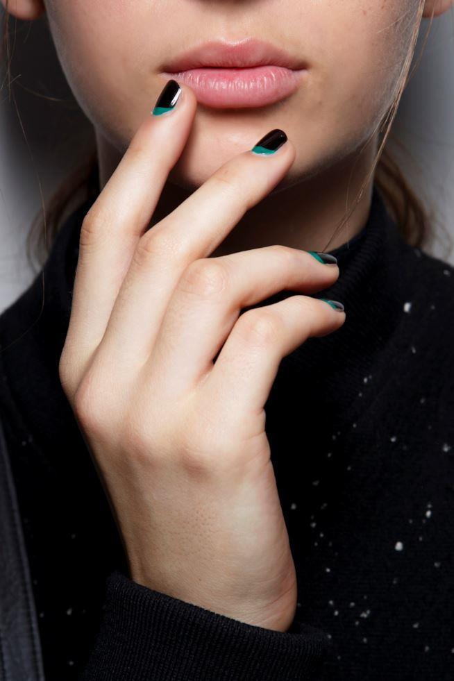 Come limare le unghie corte