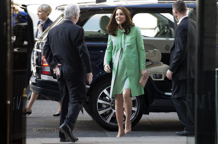 Kate Middleton in tailleur verde acqua