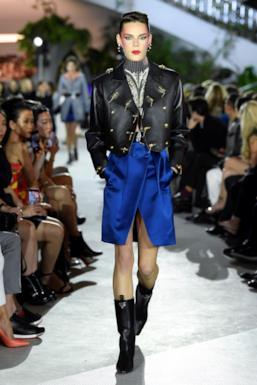Sfilata LOUIS VUITTON Collezione Donna Primavera Estate 2020 New York - Vuitton Resort PO RS20 0017
