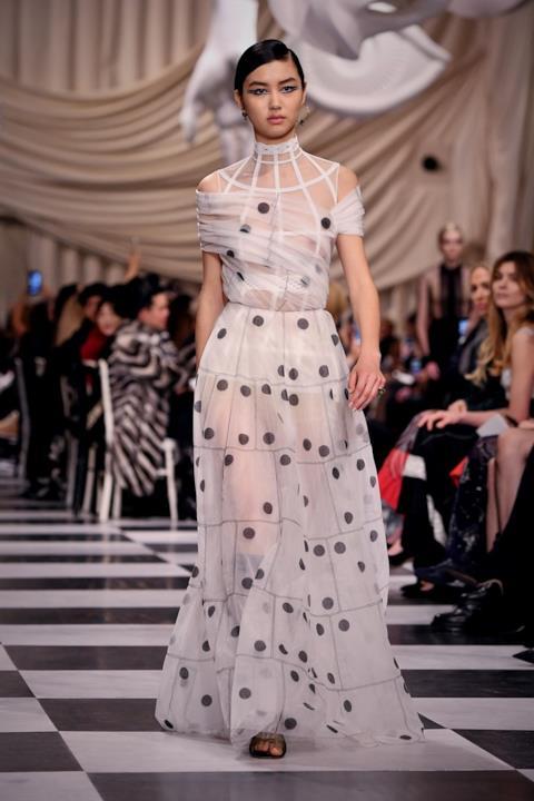 Abito a pois alla Dior Haute Couture 2018