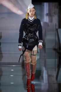 Sfilata MAISON MARGIELA Collezione Alta moda Autunno Inverno 19/20 Parigi - Margiela PO HC RF19 0011
