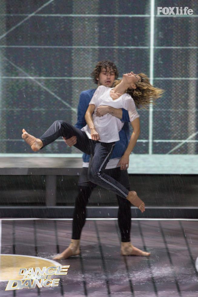Roberta e Tommaso, nell'esibizione a due della semifinale di Dance Dance Dance 2
