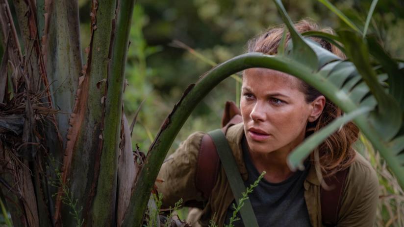 Kate Beckinsale in una scena della serie The Widow