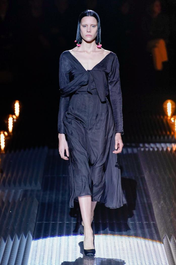 ca860e836f ImaxTree Total black per l'abito longuette di Prada