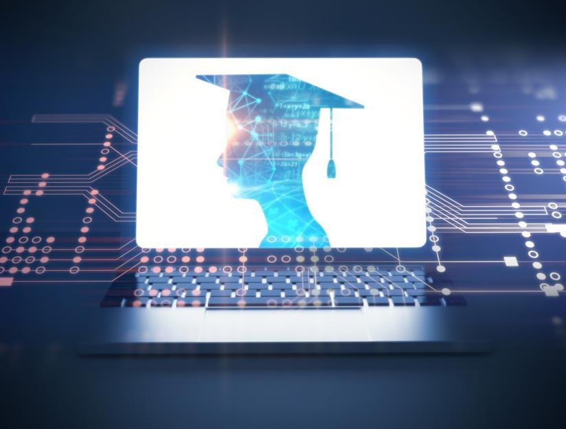 Computer con il disegno di un laureato stilizzato