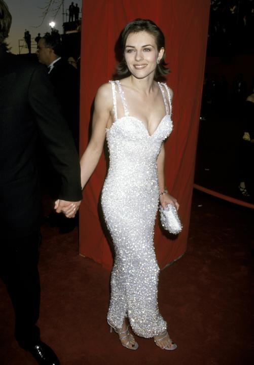 Liz Hurley sul red carpet degli Oscar