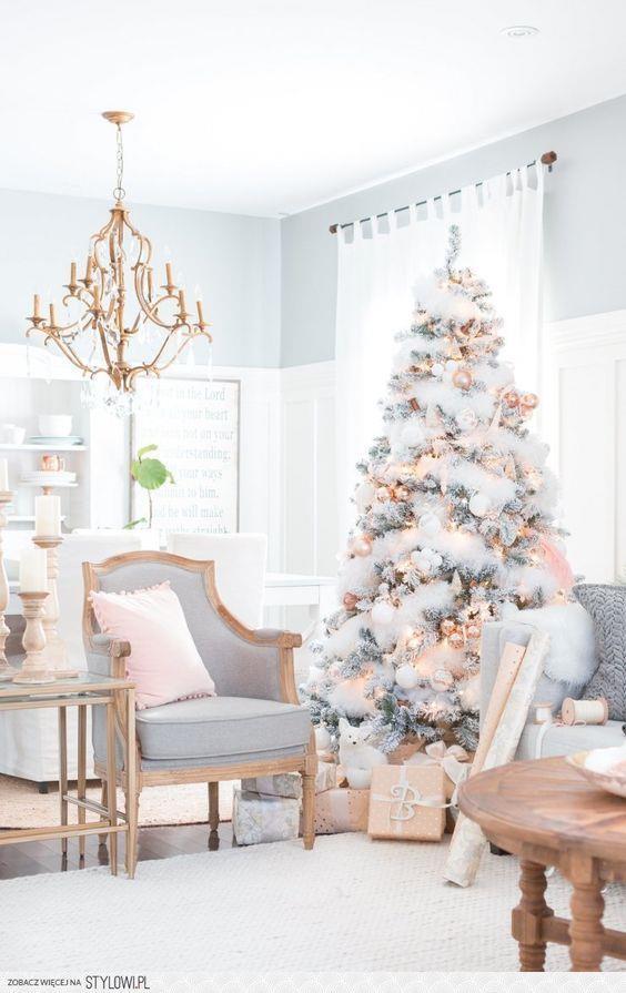 Albero di Natale total white