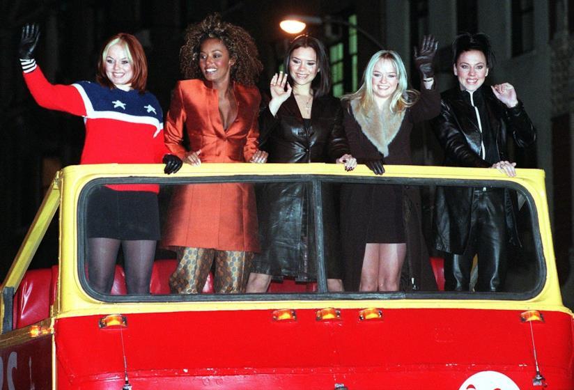 Le Spice Girls sullo Spice Bus