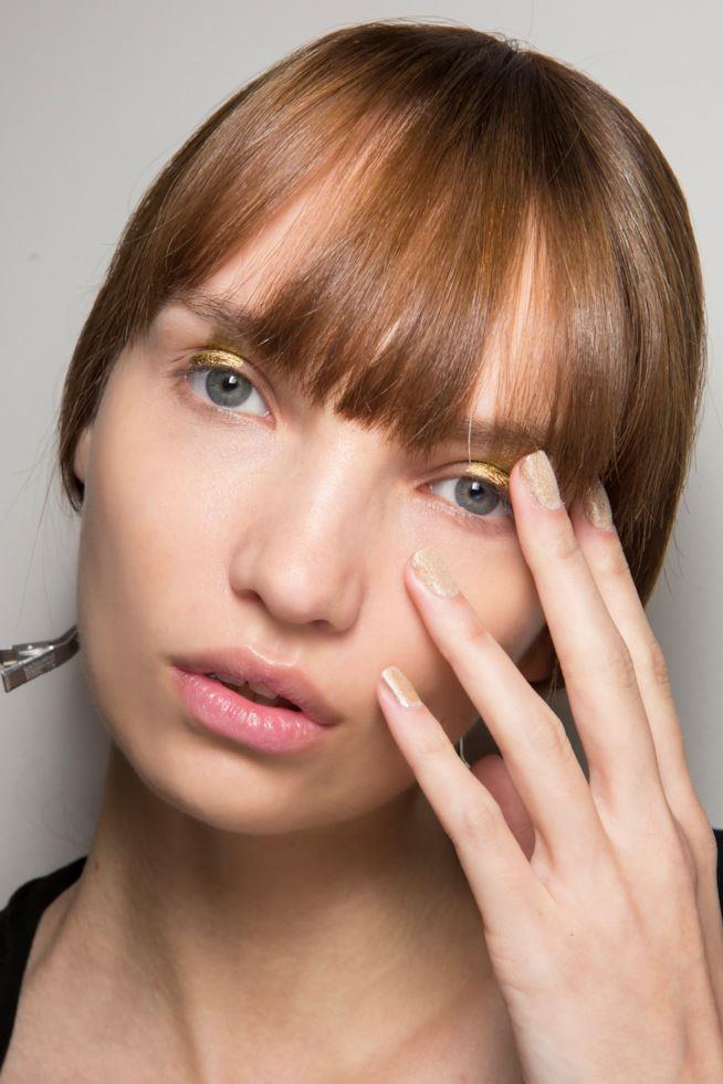 Manicure con glitter