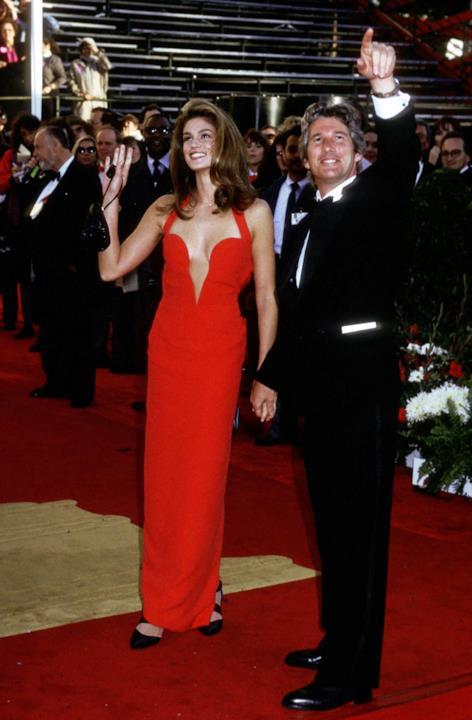 Cindy Crawford sul red carpet degli Oscar