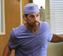 Giacomo Gianniotti nei panni di Andrew De Luca in Grey's Anatomy