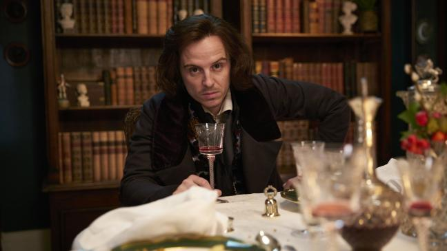 Andrew Scott è Charles Dickens in Quacks