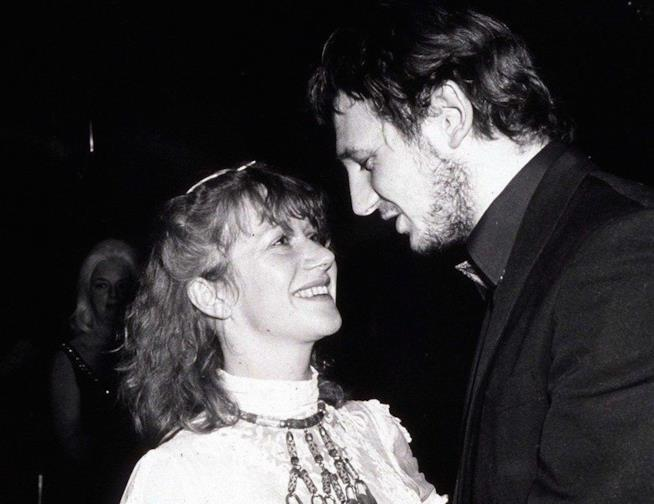 I giovanissimi Helen Mirren e Liam Neeson ai tempi della loro storia