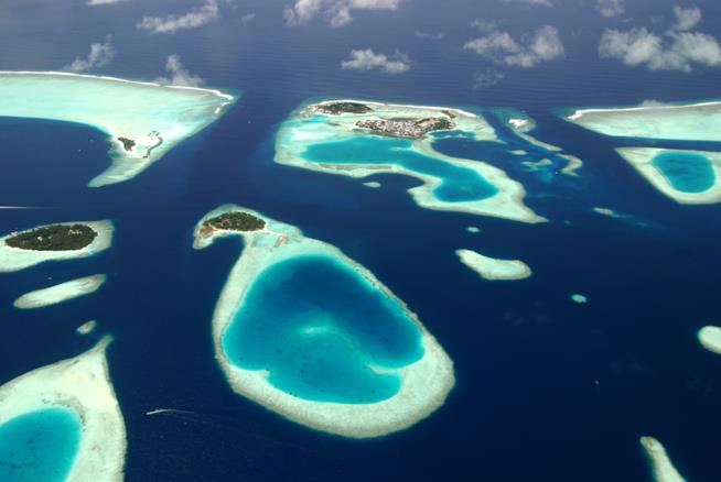Gli atolli delle Maldive visti dall'alto