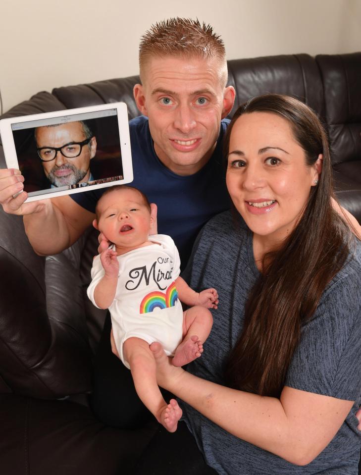 La generosità di George Michael ha permesso la nascita di questo bambino