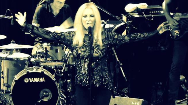 La cantante Patty Pravo si esibisce in uno dei suoi live