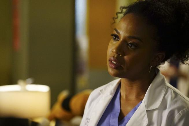 Jerrika Hinton in una scena di Grey's Anatomy
