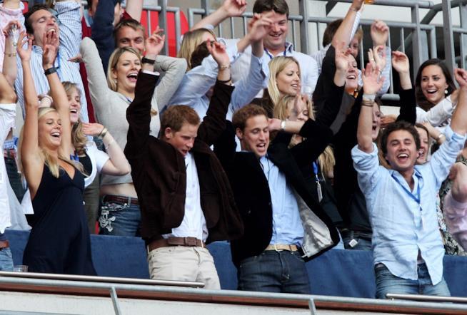 Il concerto del 2007 in onore di Lady Diana: Harry e William in prima fila