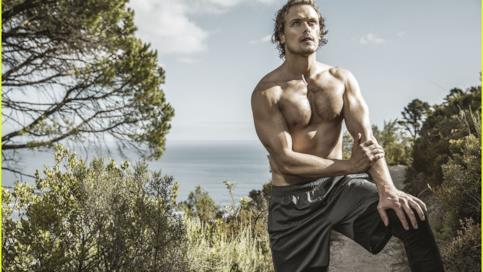 Sam Heughan sulla copertina di Men's Health Sud Africa