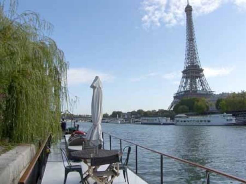 House Boat a Parigi affitata su Airbnb