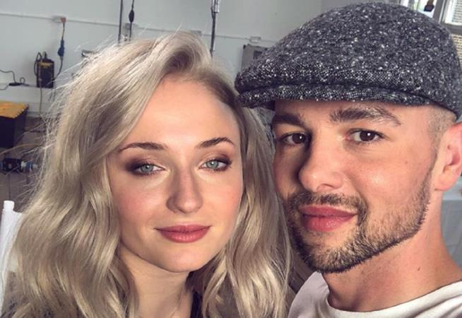 Sophie Turner e l'hairstylist