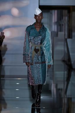 Sfilata MAISON MARGIELA Collezione Alta moda Autunno Inverno 19/20 Parigi - Margiela PO HC RF19 0036