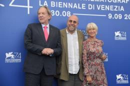 Donald Sutherland, Paolo Virzì e Helen Mirren a Venezia 74
