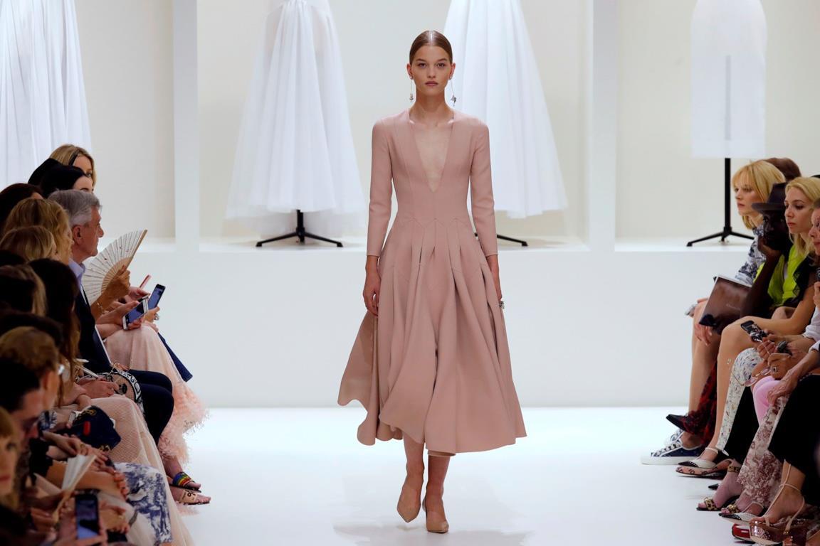 27b8e9dda676 La nuova collezione autunno inverno 2018-2019 di Dior