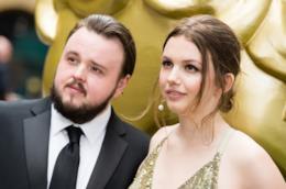 Gli attori di Game of Thrones Hannah Murray e John Bradley