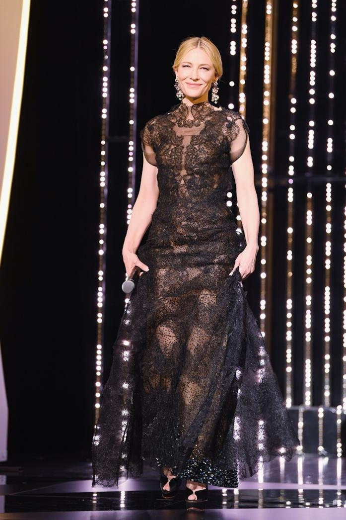 Cate Blanchett sul red carpet a Cannes 2018