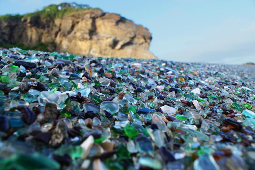 La spiaggia di vetrini di Vladivostok, in Russia, nel Golfo dell'Ussuri