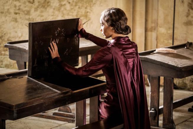 Una scena di Animali fantastici: I Crimini di Grindelwaldcon Zoë Kravitz