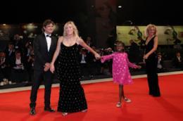 Valeria Golino, Valeria Bruni Tedeschi e Riccardo Scamarcio sul red carpet