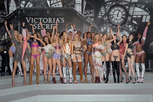 Foto di gruppo al Victoria's Secret Fashion Show