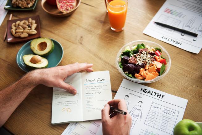 Diete Per Perdere Peso Uomo : Dieta estate la tlc in cosa consiste ed è ideale per