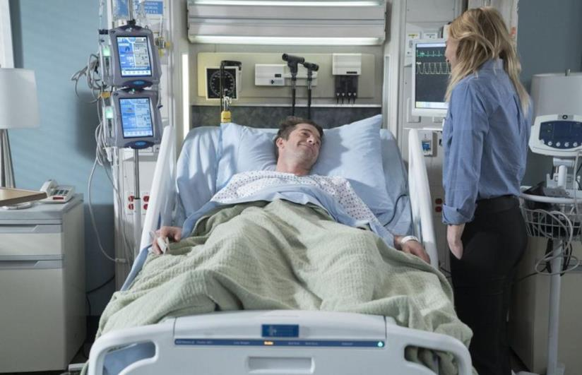Meredith e Nick nel letto d'ospedale in Grey's Anatomy 14x17