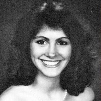 L'immagine di Julia Roberts inserita nell'annuario scolastico alla Campbell High School di Smyrna, in Georgia.