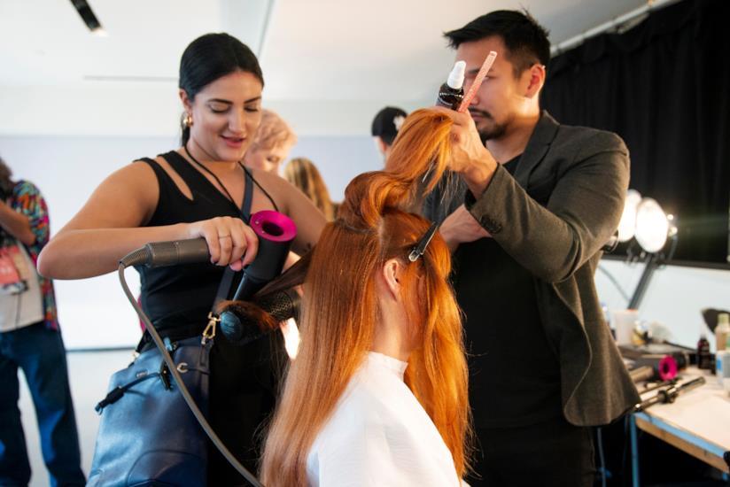 Una buona manutenzione per i capelli rossi