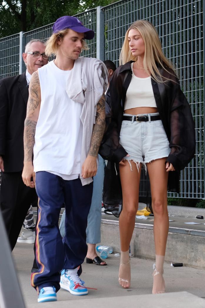 Hailey Baldwin paparazzata con il marito Justin Bieber