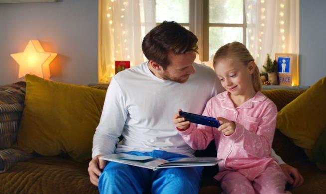 Padre e figlia non udente utilizzano App StorySign
