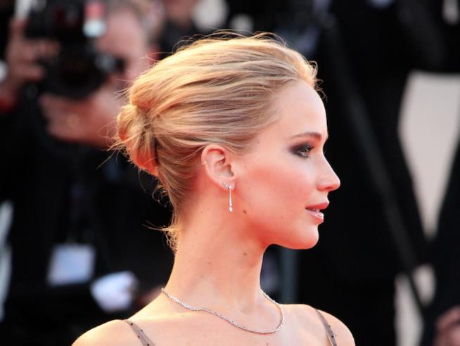 Jennifer Lawrence a Venezia 74