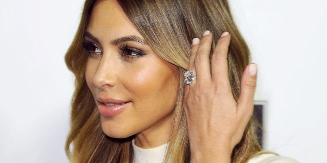L'anello di fidanzamento regalato da Kanye West a Kim Kardashian