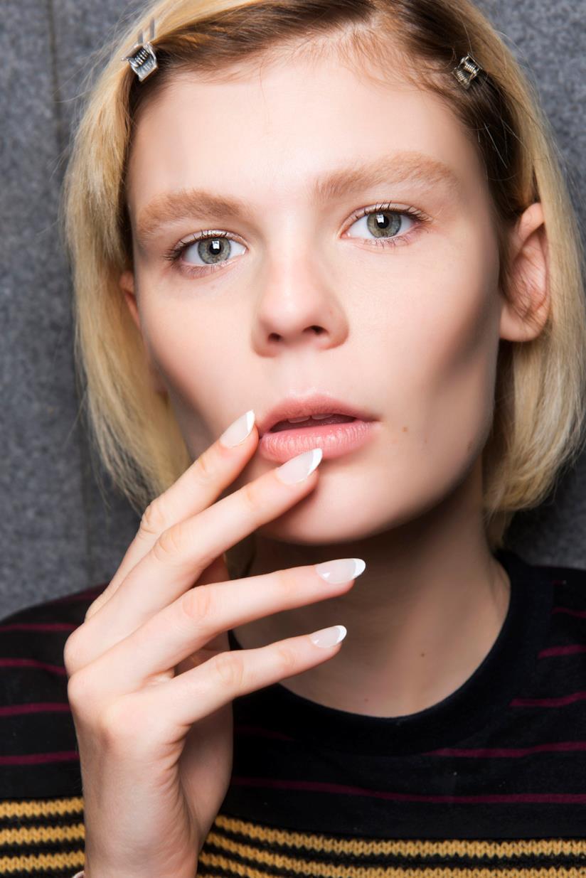 Manicure unghie tonde