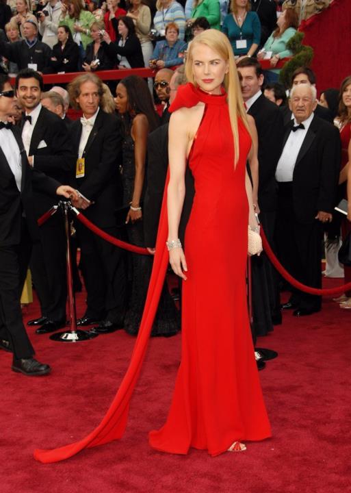 Nicole Kidman in Balenciaga sul red carpet degli Oscar