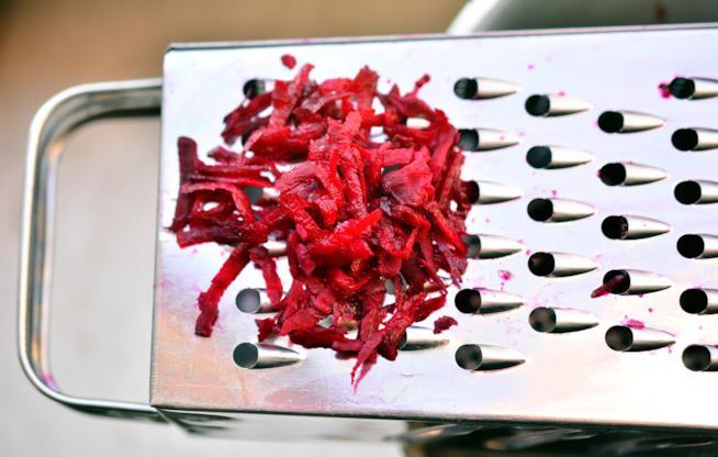 Barbabietola rossa grattugiata