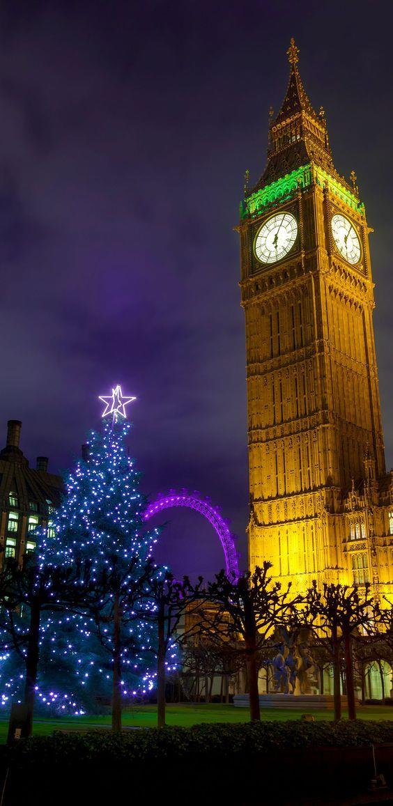 Albero di Natale nella capitale inglese