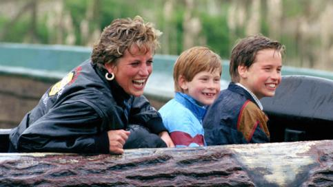 Lady Diana con Harry e William
