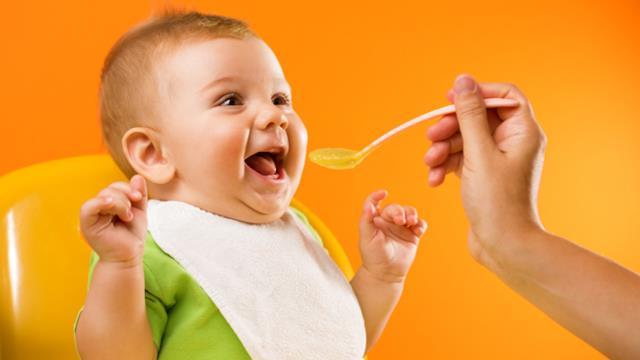 5 ricette facili per favorire lo svezzamento del bambino